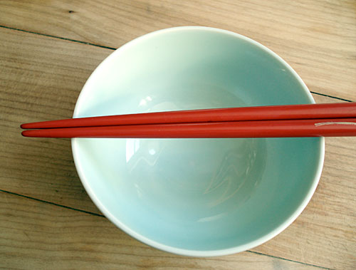 Your guide to better chopstick etiquette mostly japanese Dog will eat out of hand but not bowl
