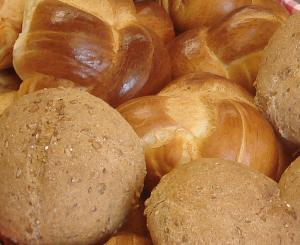 Mueller farm shop - bread, closeup