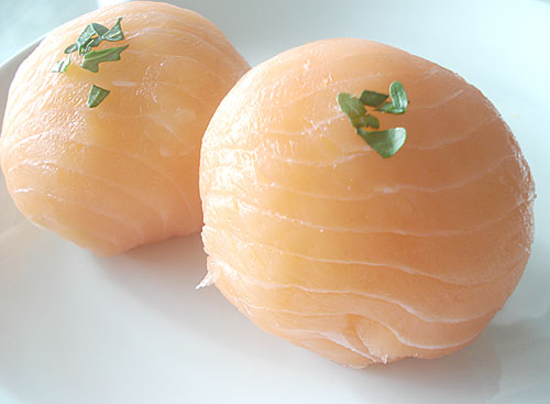 Smoked salmon temari zushi: Ball-shaped sushi | JustHungry