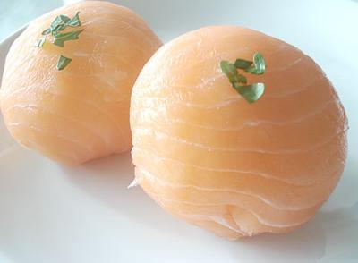 Smoked salmon temari zushi