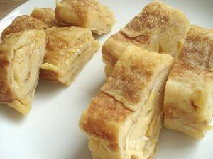 Tamagoyaki, small and large