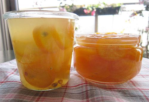 Yuzu-cha (yuzu tea)