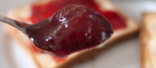 IMG: A spoonful of strawberry jam