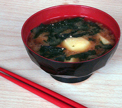 how to cook miso soup with seaweed